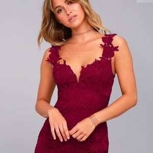Lulus uno, dos, lace burgundy lace bodycon dress